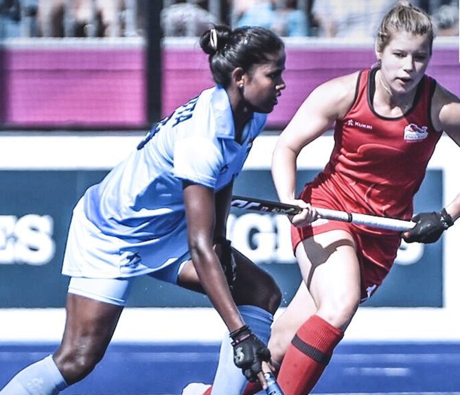 Women's hockey team stuns Olympic champs England
