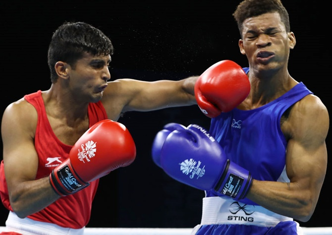 Kaushik, Solanki  in boxing quarters of CWG