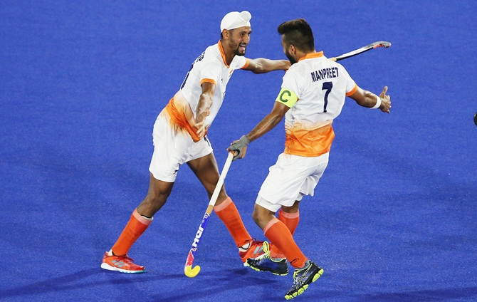 India down England in 7-goal thriller, take top spot in pool