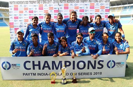 Rediff Cricket - Indian cricket - Indian eves crush England to clinch ODI series