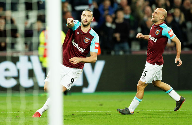 EPL PIX: Super-sub Carroll snatches late draw for Hammers against Stoke