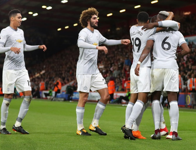 Manchester United bounce back with win at Bournemouth