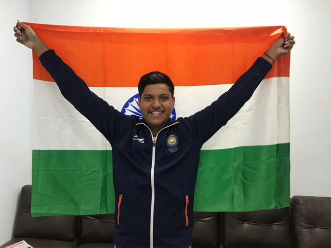 Rediff Sports - Cricket, Indian hockey, Tennis, Football, Chess, Golf - Cricket's loss is shooting's gain as Meerut teen brings Asiad silver