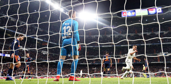 Rediff Sports - Cricket, Indian hockey, Tennis, Football, Chess, Golf - La Liga PIX: Real Madrid fumble their way to victory over Valencia