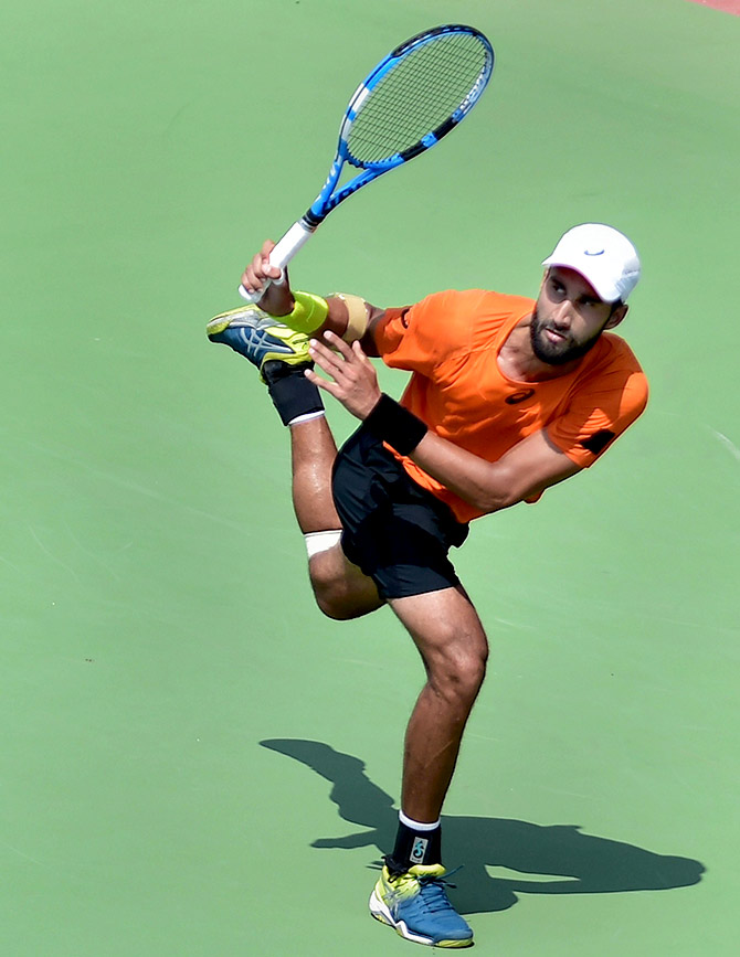 Rediff Sports - Cricket, Indian hockey, Tennis, Football, Chess, Golf - Bhambri goes down fighting to Thompson in Chennai Open final