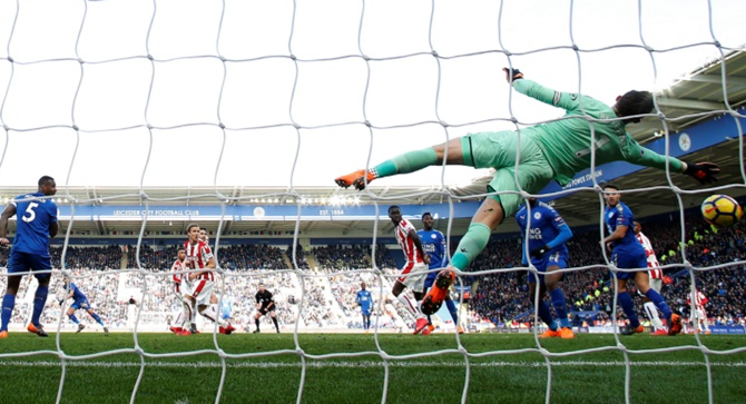 EPL: Butland howler gifts Leicester an equaliser