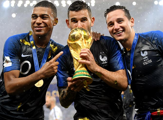 Rediff Sports - Cricket, Indian hockey, Tennis, Football, Chess, Golf - Can Mbappe's France emulate Pele's boys from Brazil?