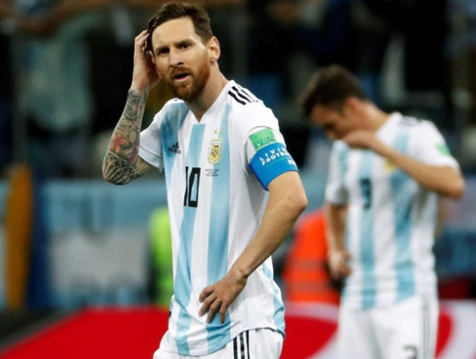 Rediff Sports - Cricket, Indian hockey, Tennis, Football, Chess, Golf - Football Briefs: Messi to miss Argentina friendlies in US