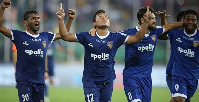 Rediff Sports - Cricket, Indian hockey, Tennis, Football, Chess, Golf - ISL: Chennaiyin beat FC Goa, to face Bengaluru in final