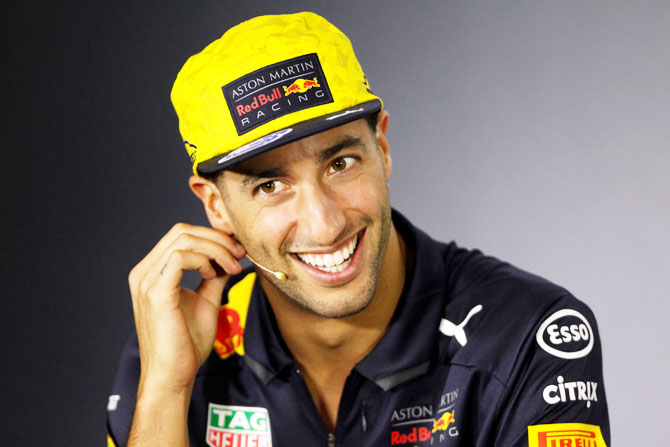 Rediff Sports - Cricket, Indian hockey, Tennis, Football, Chess, Golf - Sports Shorts: Ricciardo joins Renault F1 team on a two-year deal