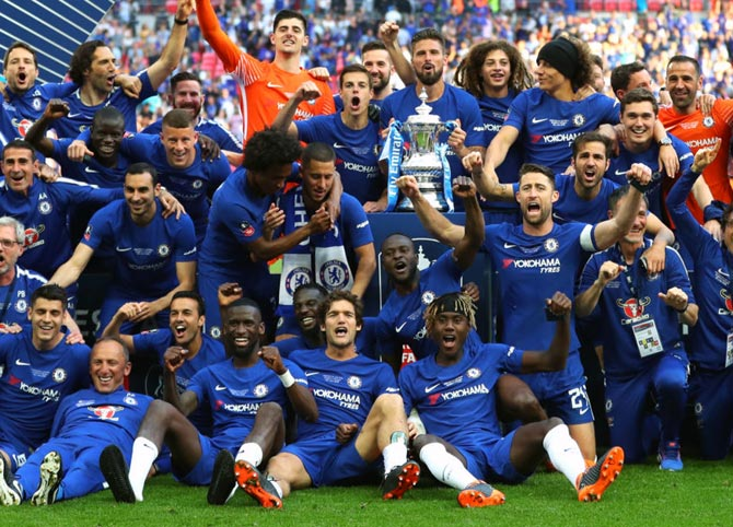 Chelsea edge Man United in Cup final with Hazard penalty