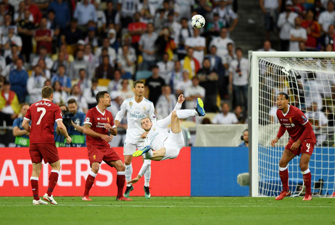 Rediff Sports - Cricket, Indian hockey, Tennis, Football, Chess, Golf - Did Bale score the BEST EVER goal in Champions League final?