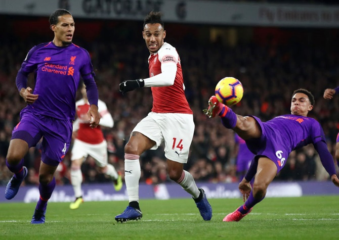 Liverpool strikers fail to fire at Arsenal
