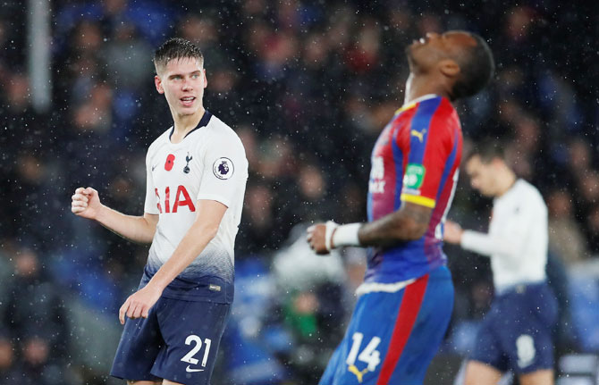 EPL PIX: Spurs beat Crystal Palace 1-0; Watford deny Saints