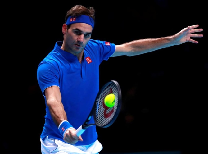 Rediff Sports - Cricket, Indian hockey, Tennis, Football, Chess, Golf - ATP Finals: Federer rebounds to keep hopes alive