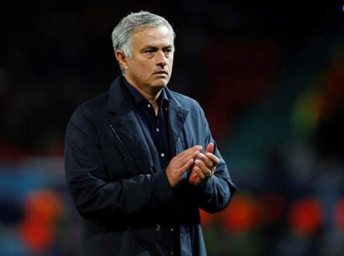EPL Extras: Mourinho vows to be on best behaviour at Stamford Bridge