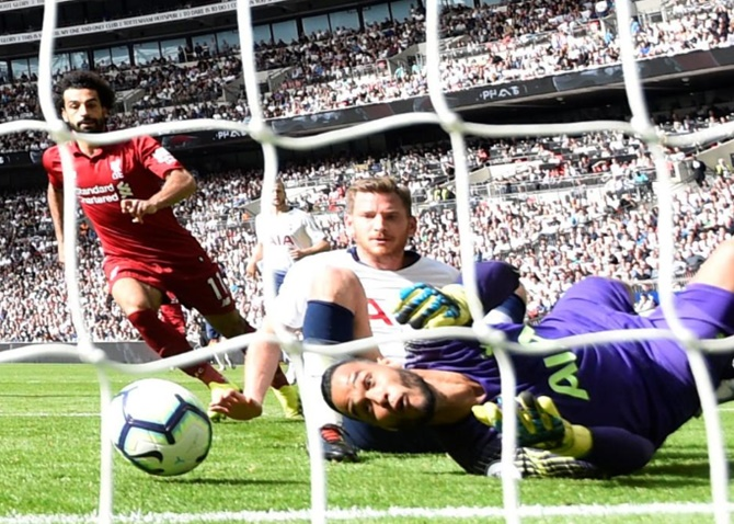 EPL PIX: Liverpool sweep Spurs aside as Chelsea go top