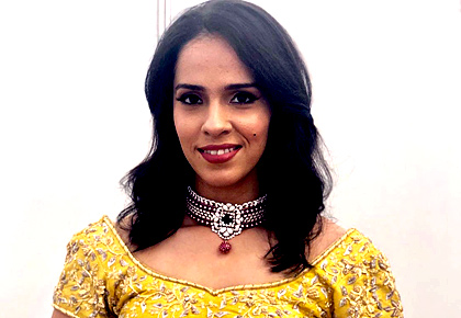 Rediff Sports - Cricket, Indian hockey, Tennis, Football, Chess, Golf - Saina or Sindhu: Vote for the hottest showstopper