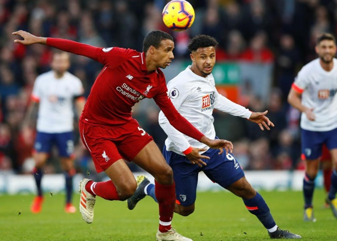 Rediff Sports - Cricket, Indian hockey, Tennis, Football, Chess, Golf - EPL PIX: Liverpool back on top, United win at Fulham