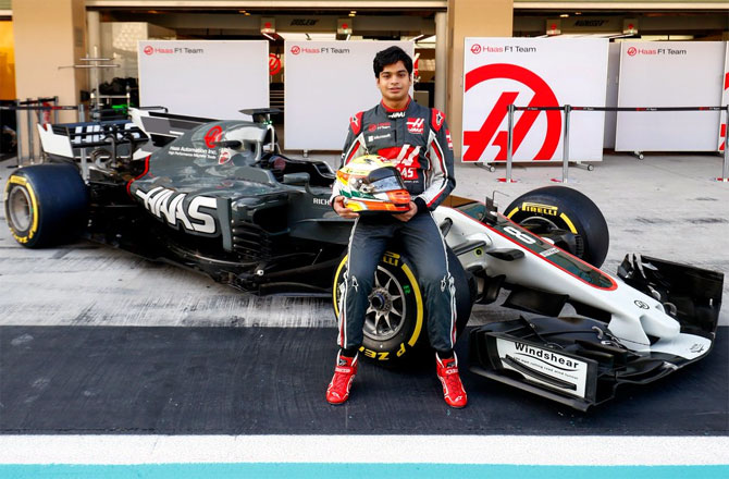 Rediff Sports - Cricket, Indian hockey, Tennis, Football, Chess, Golf - F1 remains ultimate dream for Maini despite sports car switch