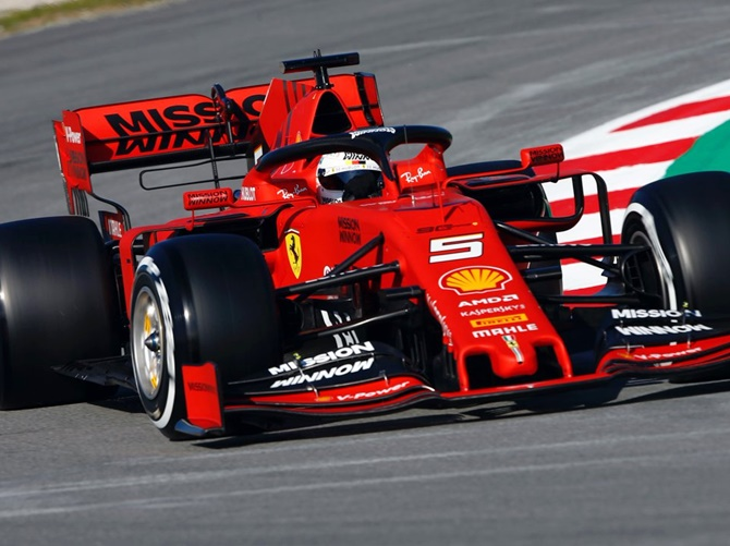F1: Vettel gets Ferrari off to strong start; Williams suffer delay