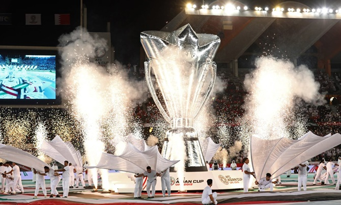 Rediff Sports - Cricket, Indian hockey, Tennis, Football, Chess, Golf - PIX: AFC Asian Cup opens with spectacular showpiece