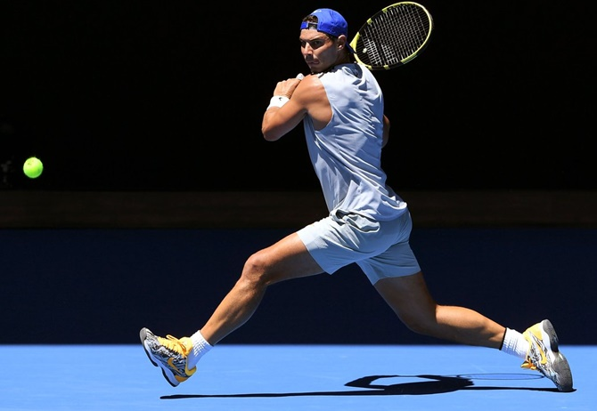 Rediff Sports - Cricket, Indian hockey, Tennis, Football, Chess, Golf - Nadal shrugs off injury concerns, pays tribute to Murray