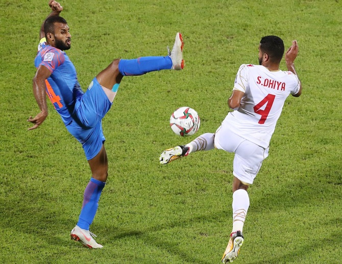 Rediff Sports - Cricket, Indian hockey, Tennis, Football, Chess, Golf - Heartbreaking! India crash out of Asian Cup