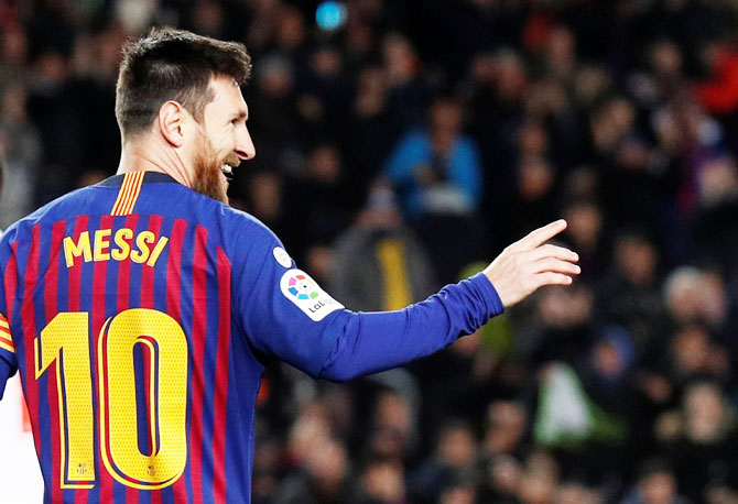 Rediff Sports - Cricket, Indian hockey, Tennis, Football, Chess, Golf - Another first for GOAT Messi