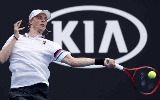 Rediff Sports - Cricket, Indian hockey, Tennis, Football, Chess, Golf - 'Please, Twitter, let me back in': Shapovalov