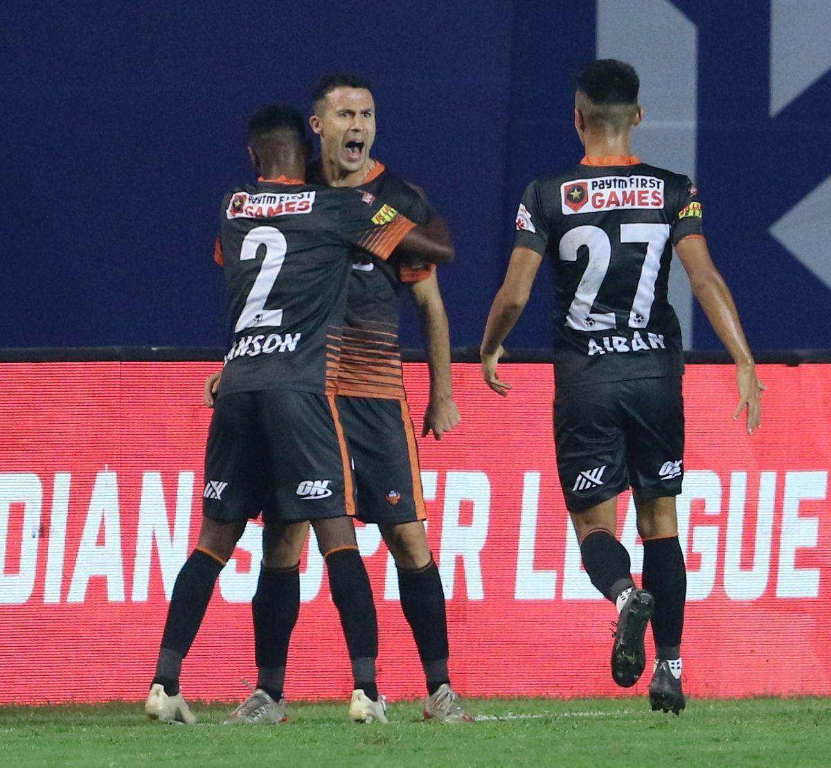 FC Goa's Igor Angulo celebrates with teammates on netting the injury time winner against Hyderabad FC at Vasco on Wednesday.