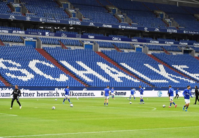 'Why do you need the money now?': Schalke apologise