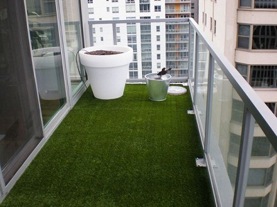 5 reasons why you should choose artificial grass for your for Balcony artificial grass