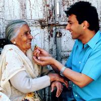 Chef Vikas Khanna with his mother