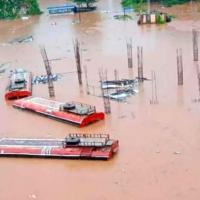 Inundated Chiplun bus stand