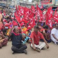 AIKS activists observe Bharat Bandh in Tamil Nadu