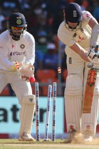 'This unfit pitch was no advert for Test cricket - India should be docked WTC points'