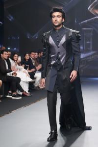Doesn't Meezaan Look Like A Superhero?