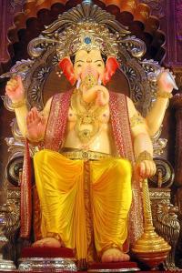Covid-19 effect: Mumbai Ka Raja to have 4-ft Ganesh idol