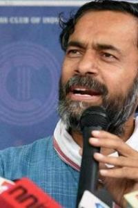 Yogendra Yadav detained on way to meet farmers protesting in TN
