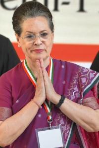 Sonia Gandhi goes to Goa on medical advice