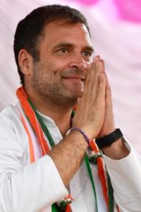 On eve of Sonia's meeting with 'dissenters', Cong asserts Rahul best suited to lead party