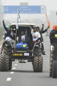 Centre moves SC against farmers' proposed tractor rally on R Day