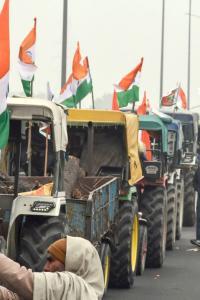 Delhi: Farmers gear up for Republic Day tractor rally