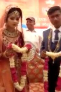 Couple ties knot at farmers' protest site in MP