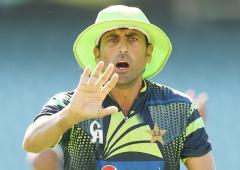 When Pak batsman Younis held knife to Flower's throat!