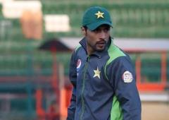 Amir clears COVID tests, joins Pakistan squad in Eng