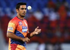 Tendulkar nemesis, domestic stalwart Bhatia retires