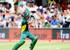 CSA gives Du Plessis new contract