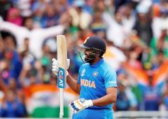 Rohit Sharma vs David Warner battle goes beyond